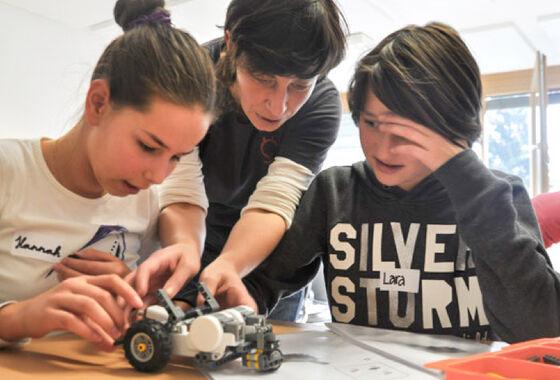2017-09-07 MASSIVE ART Blog Mädchen in die Technik Wir unterstützen das Projekt Roberta